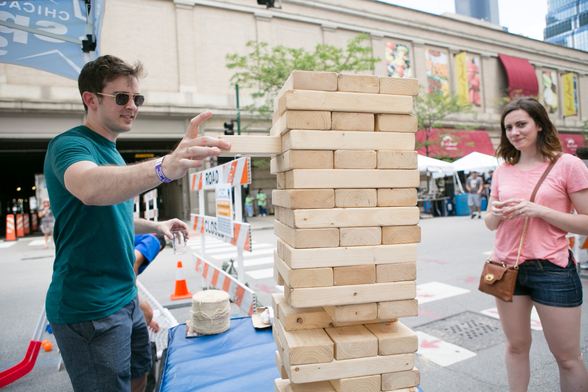 Chicago Sport and Social brought games for the crowd to enjoy at #WLCBF.
